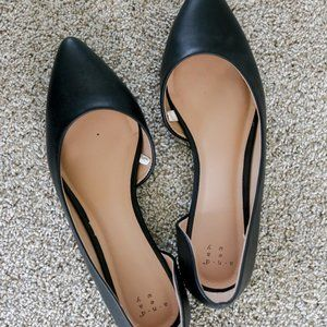 A New Day black D'orsay pointed toe flats size 8.5